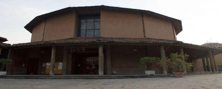 La facciata della Chiesa di San Giovanni Crisostomo Milano.