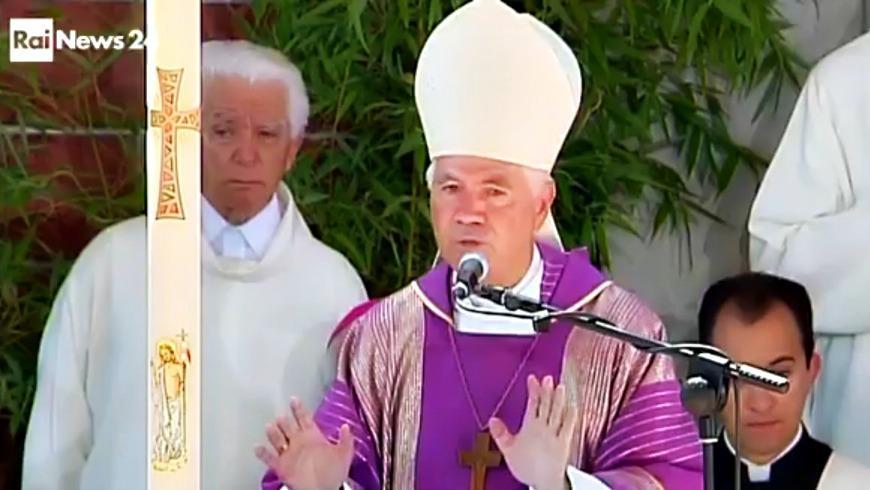 """Terremoto in centro Italia. """"E adesso, vescovo, che si fa?"""" – L'omelia di Monsignor D'Ercole durante la S. Messa Esequiale"""